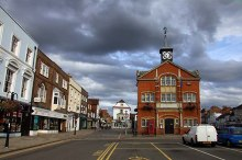 Thame, Town Hall, Oxfordshire © Steve Daniels